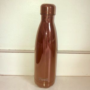 Rose Gold Swell water bottle